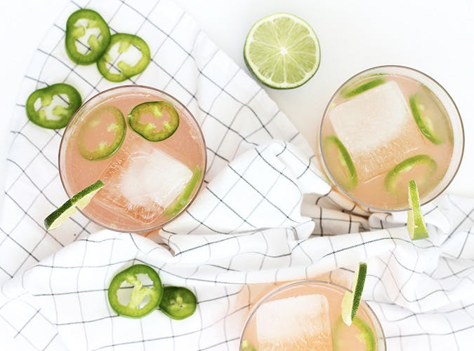 super bowl cocktail recipes spicy paloma