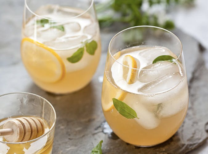 super bowl cocktail recipes whiskey lemonade