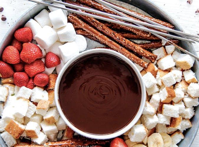 super bowl slow cooker dip recipes chocolate fondue