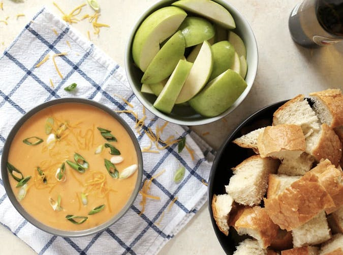 super bowl slow cooker dip recipes hot beer cheese
