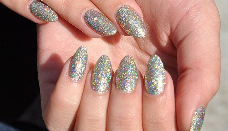 BeautyBlender glitter nails