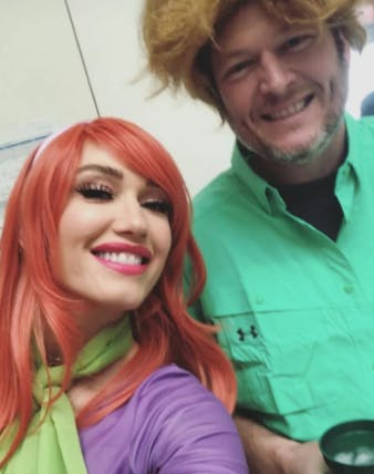 Gwen Stefani Blake Shelton dressed as Scooby do characters