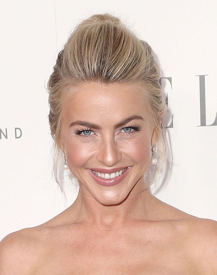 Julianne Hough medium length hair