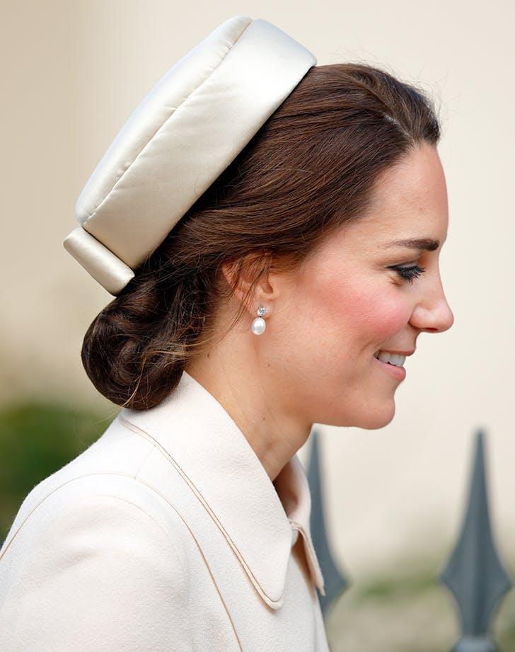 Kate Middleton hairnet 3