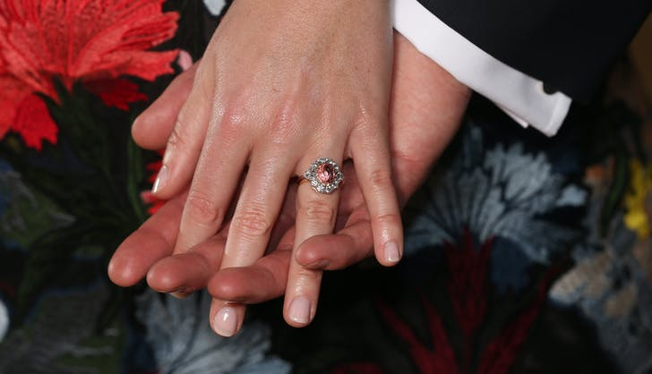 Princess Eugenie blush saphire engagement ring