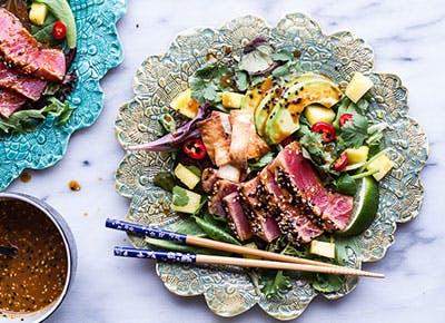 Seared Ahi Tuna Poke Salad with Hula Ginger vinaigrette 400