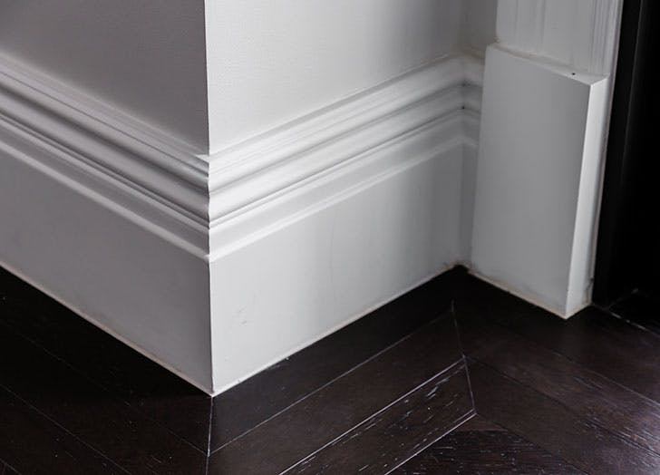 Skirting board for living room floor