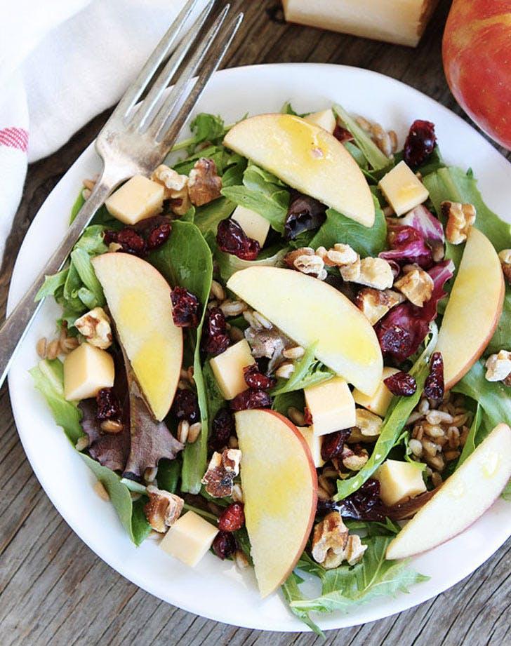 apple gouda farro salad recipe