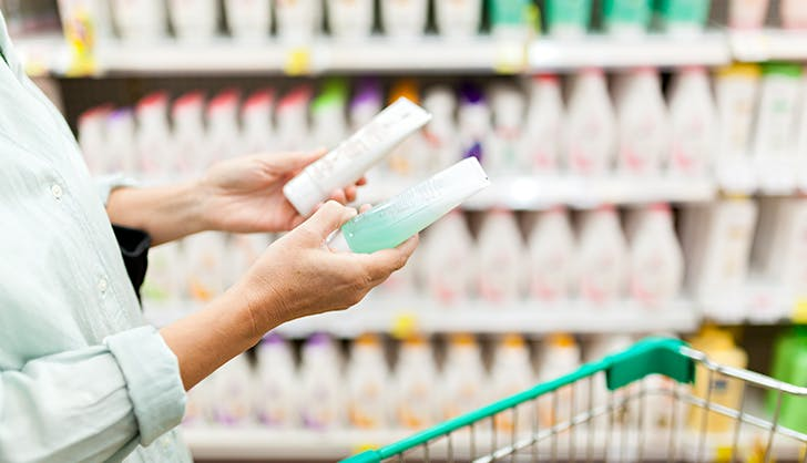 compairing different shampoos