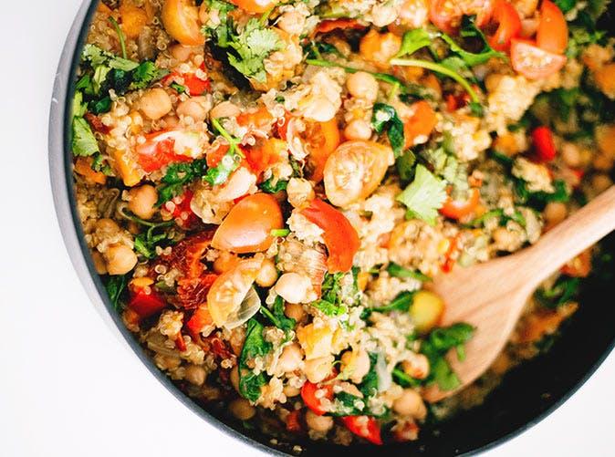 easiest vegan one pot quinoa