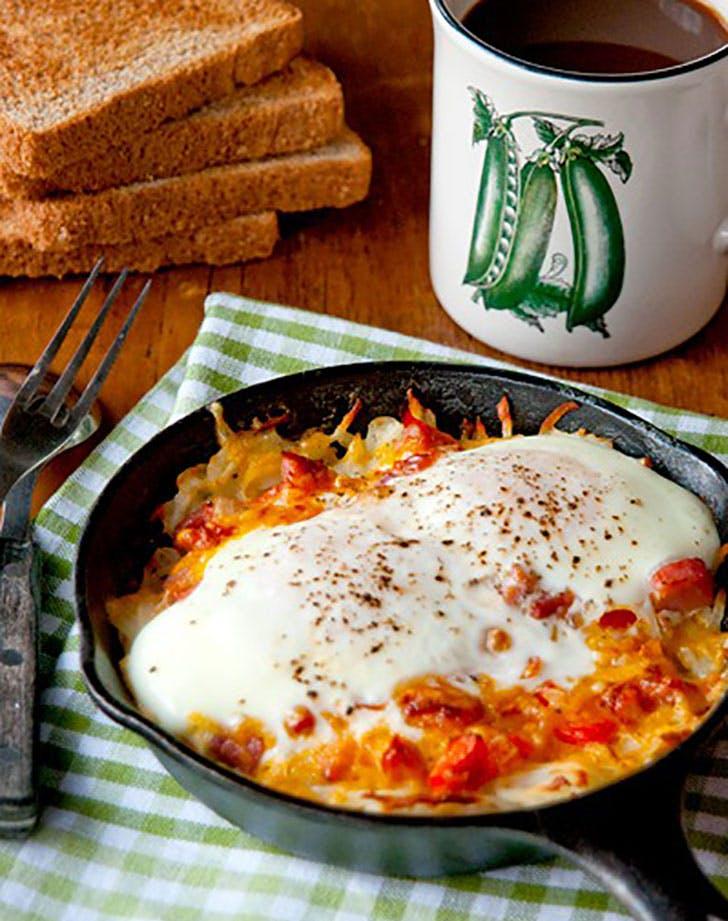 hash brown omelet skillet