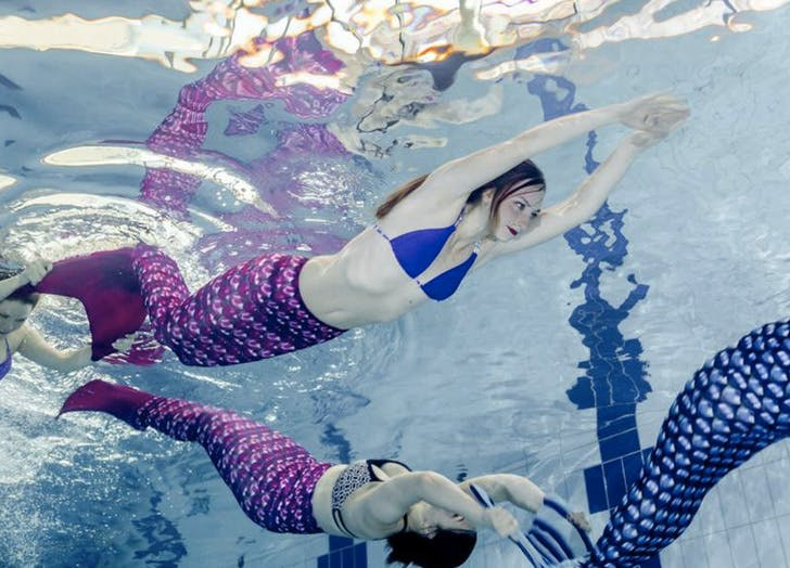 mermaid swimming fitness class