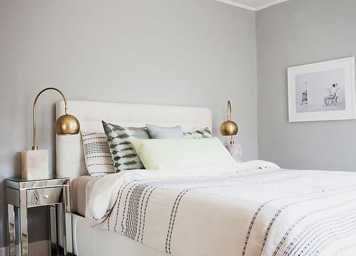 pale grey bedroom paint