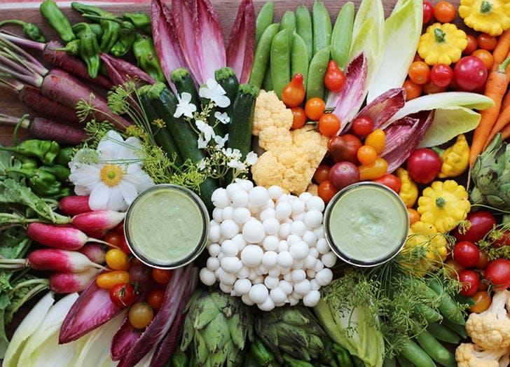 vegan green dressing crudites
