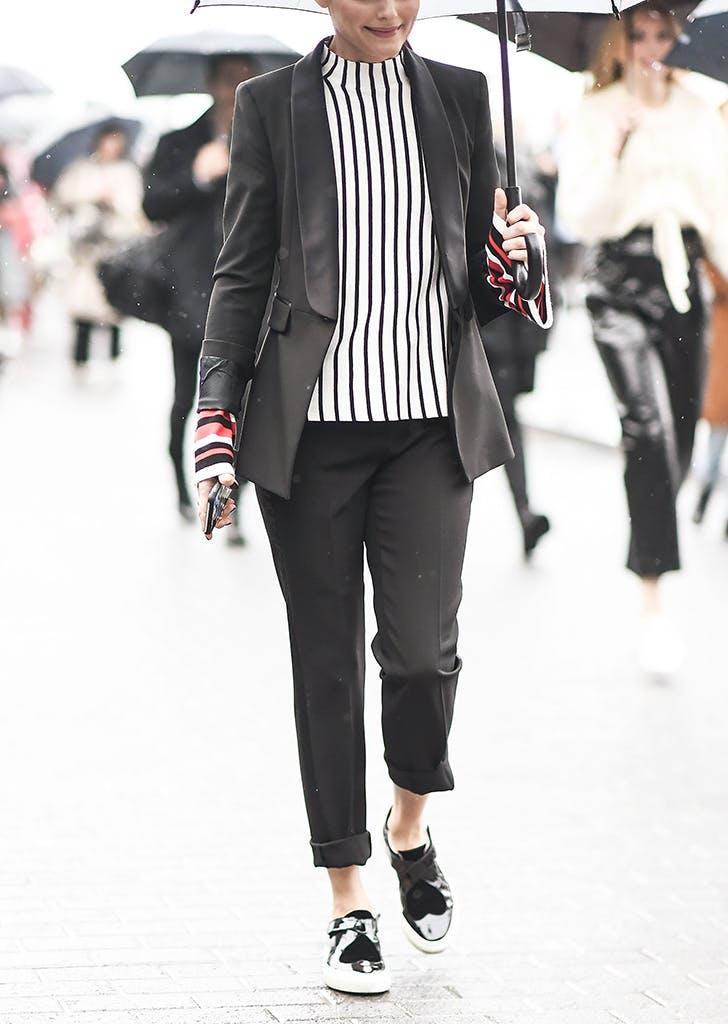 woman-wearing-striped-top-black-pants-and-blazer.jpg (728×1024)