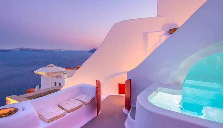Caldera Cliff House in Santorini with pool