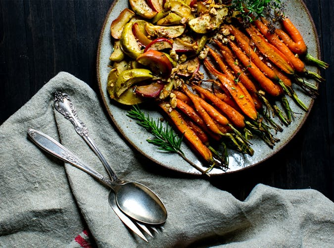 Cardamom Spiced Carrots and Apples recipe