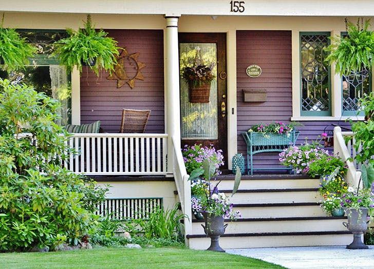 8 Things Every Homeowner Should Do Each Spring