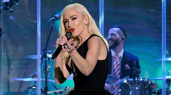 Gwen Stefani Confirms Las Vegas Residency & We're Going B-A-N-A-N-A-S