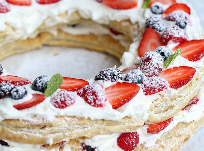 Puff Pastry Berries   Cream Wreath recipe