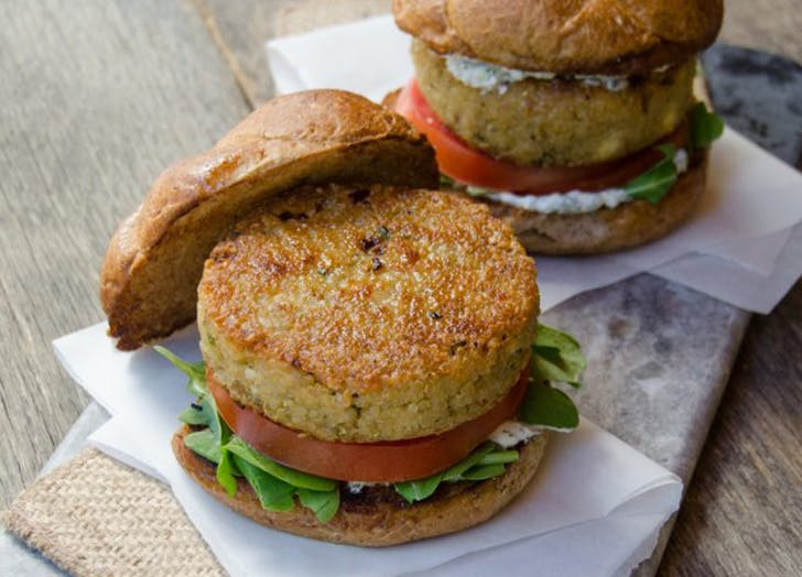 air fryer quinoa burgers