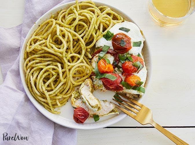 baked caprese chicken skillet recipe