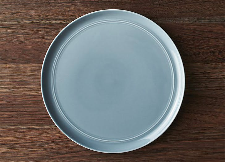 crate and barrel blue dinner plate