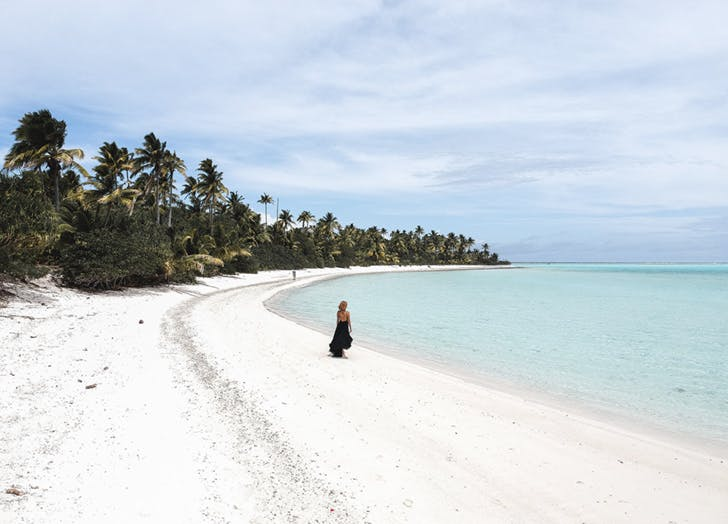 lisa linh beach cook islands