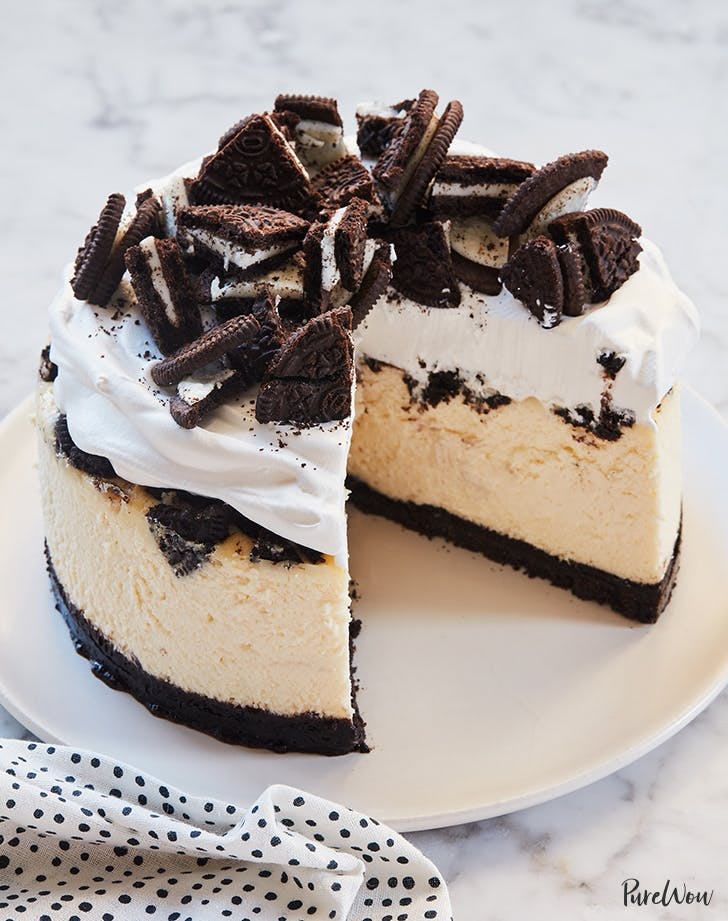 slow cooker oreo cheesecake recipe purewow. Black Bedroom Furniture Sets. Home Design Ideas