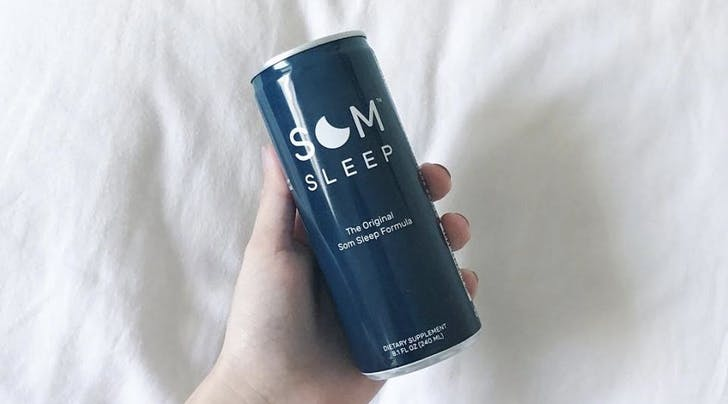 We Asked 5 People to Try Som, a Buzzy New Sleep Drink. Here's the Verdict