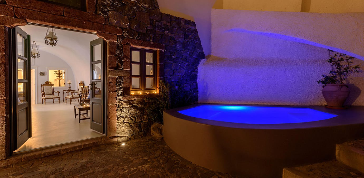 Casa Santantonio in Santorini  Greece