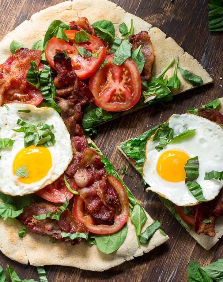 Easy Paleo BLT Breakfast Pizza recipe