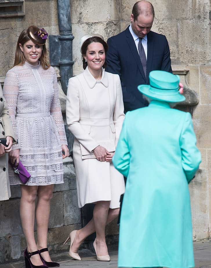 Kate Middleton curtsying to the queen