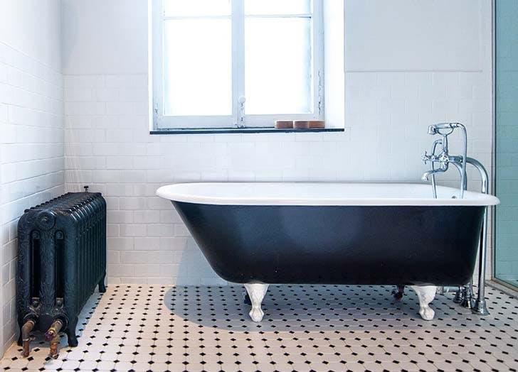 black claw foot tub