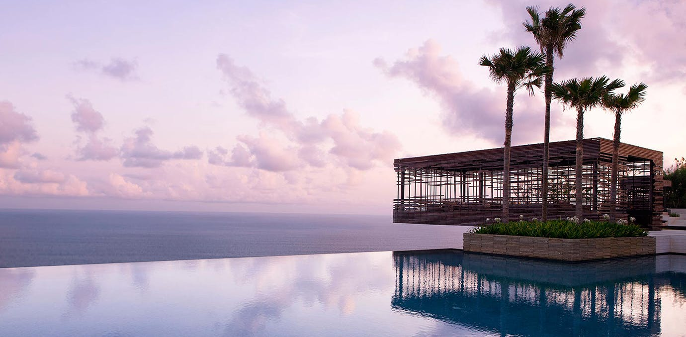 eco friendly resort Alila Villas Uluwatu in bali