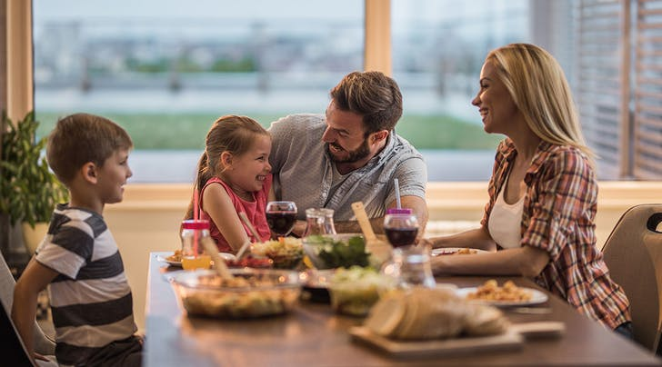 4 Science-Backed Benefits of Eating Dinner as a Family