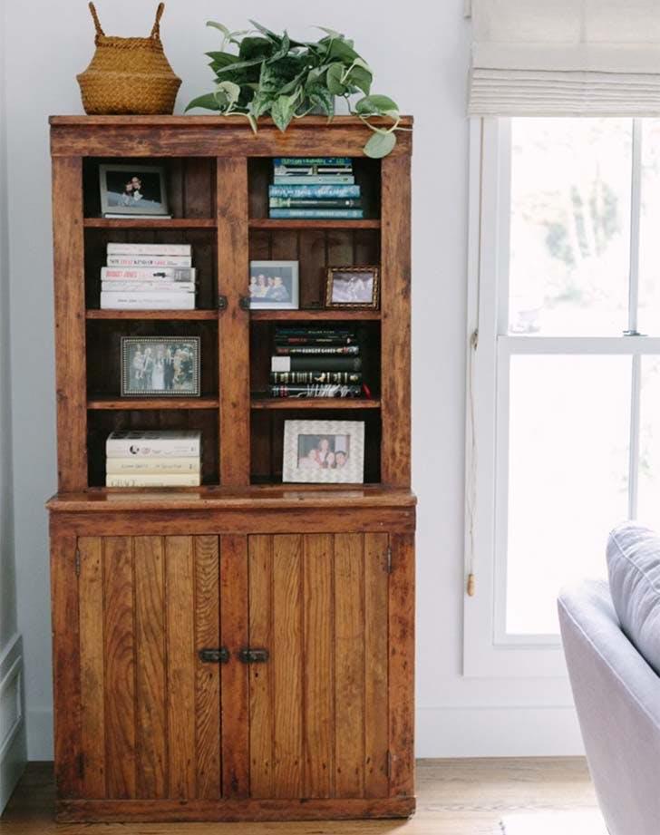 family photo bookshelf