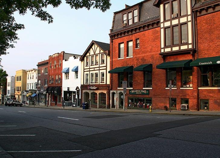 greenwhich avenue street brick