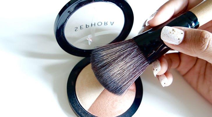 makeup bronzer and brush