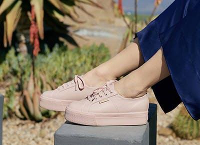 pink platform sneakers400