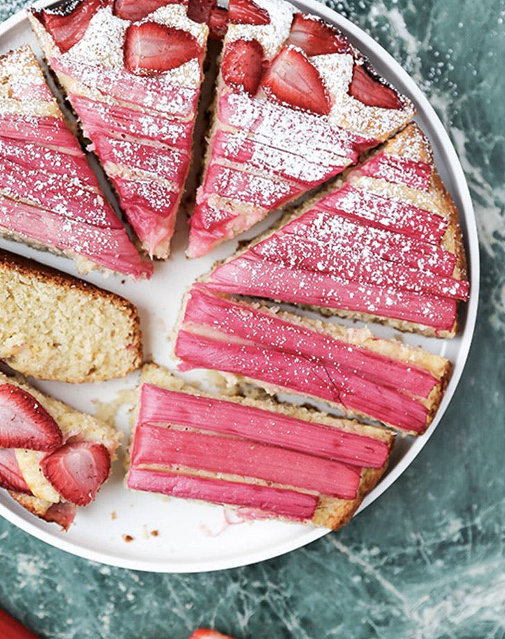strawberry rhubarb vanilla skillet cake recipe