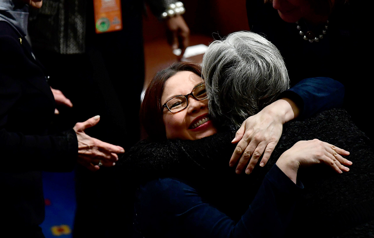 US Senate approves resolution allowing Duckworth to bring baby onto Senate floor
