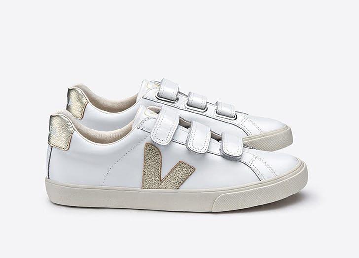 white gold sneaker velcro