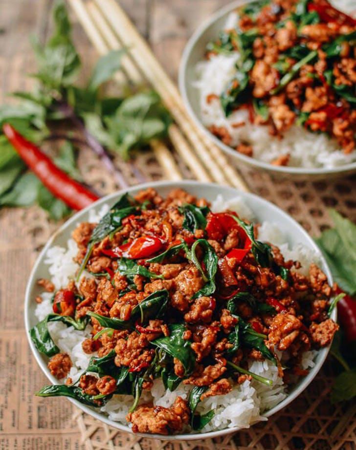10 minute thai basil chicken recipe