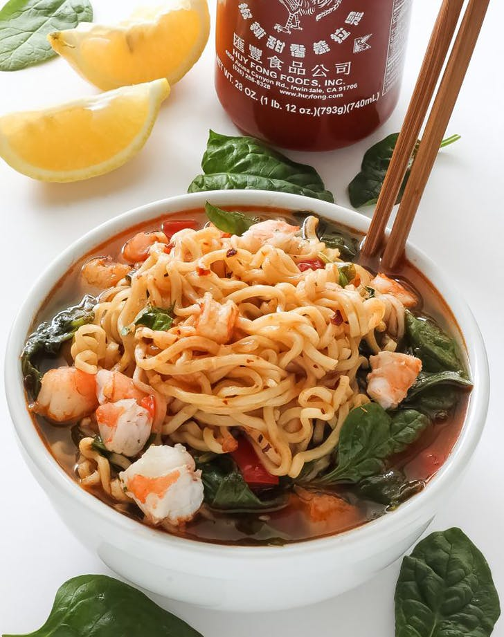 20 minute sriracha shrimp ramen recipe