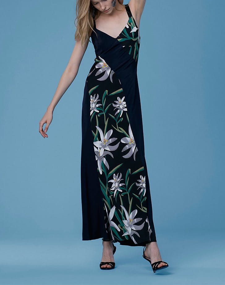 The DVF Memorial Day Sale Is Full of Wedding Guest Dresses - PureWow