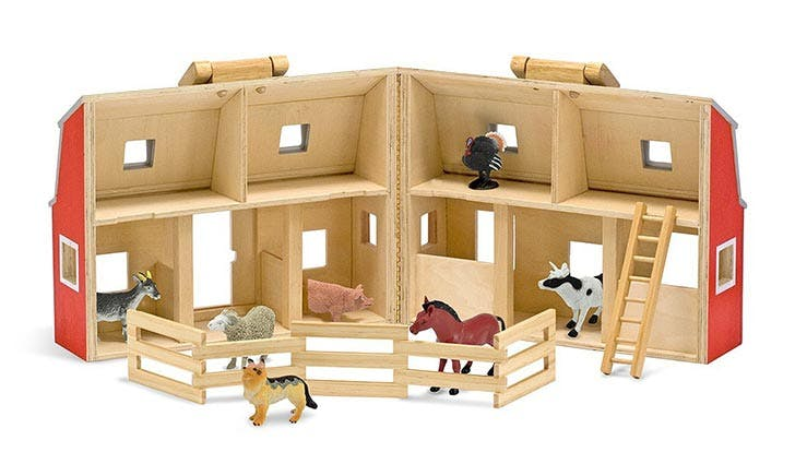 Fold and Go Wooden Barn With 7 Animal Play Figures Montessori Toy