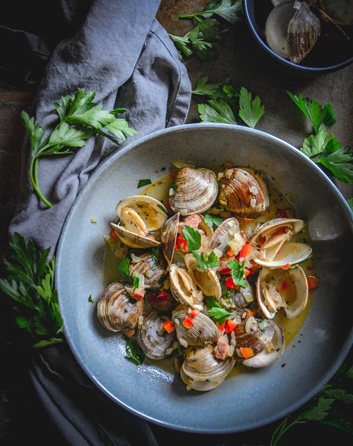 chorizo and little neck clams in red pepper sauce recipe