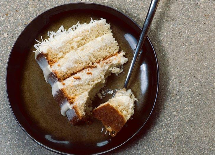 cocounut cake plate