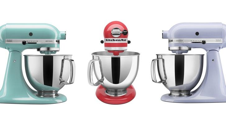 PSA: KitchenAid Stand Mixers Are Practically Half Off On Amazon Today